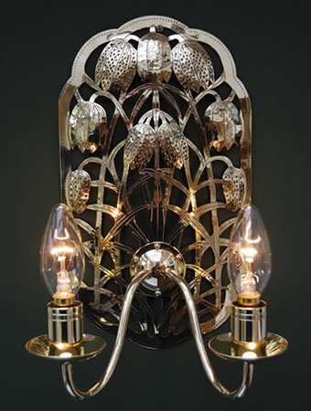 electric_fritillary_sconce_main